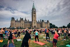 Hot yoga | 195/366 (emrold) Tags: 13jul16 366the2016edition 3662016 day195366 kodakektar100 ottawa parliamenthill vsco vscofilm05 wednesdaylunch clouds group strangers week28theme yoga fujifilmxt1 2016emrold|ericdelorme xf16mmf14rwr