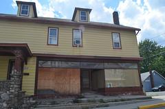 Maybrook Abandonments (rchrdcnnnghm) Tags: house abandoned shop orangecountyny maybrookny oncewashome