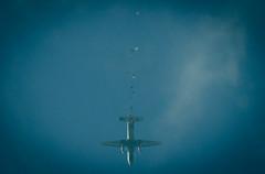 Drop time! (cem's lens) Tags: sky skydiving casa formation skydiver parachute izmir seluk efes trk hava gkyz bigway thk rekor parat cn235 atlay kurumu