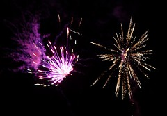 Fireworks 2014 (Rebecca Jay Thorne) Tags: red green lines yellow gold golden purple fireworks explosion streams streaks bang 2014