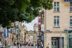 Street in Bordeaux (Ch.Neis) Tags: street city france town reflex nikon 33 cit bordeaux route stadt nikkor dslr ville afs dx aquitaine gironde strase 18105mm d5200 photographedandcopyrightbychristophneis