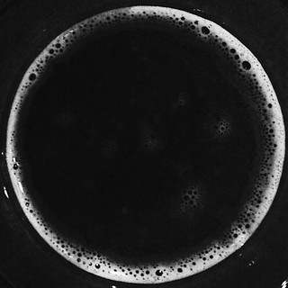 Moon in a pint glass. There's a koan or haiku in that somewhere. #vinosbrewpub