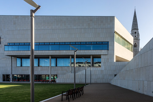 New Public Library In Dun Laoghaire, Officially Called DLR Lexicon Opened To The Public Today And It Is Worth Visiting Ref-100580