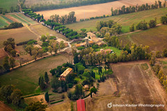 Italian Countryside (fesign) Tags: autumn italy sunlight house nature field farmhouse landscape outdoors photography countryside farm aerialview farmville tuscany land agriculture valdorcia cultures idyllic perfection scenics italiancypress cypresstree tranquilscene terreni ploughedfield ruralscene beautyinnature nonurbanscene italianculture agricoli