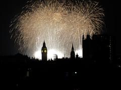 London NYE 2014/15 (Cris Ward) Tags: longexposure light party color colour westminster night dark fireworks londoneye bigben olympus firework newyear celebration event nighttime lighttrails colourful omd csc 40150mm mirrorless microfourthirds olympusomdem10