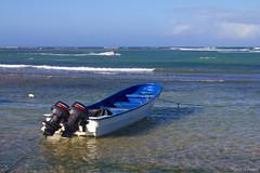 IMG_9105 (rvtec26) Tags: ocean blue sky green beach nature water skyline clouds boat mar rocks waves barco stones playa olas piedras bote