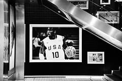 Kobe Bryant (specialistas69) Tags: blackandwhite usa monochrome mall beijing player kobe bryant nba