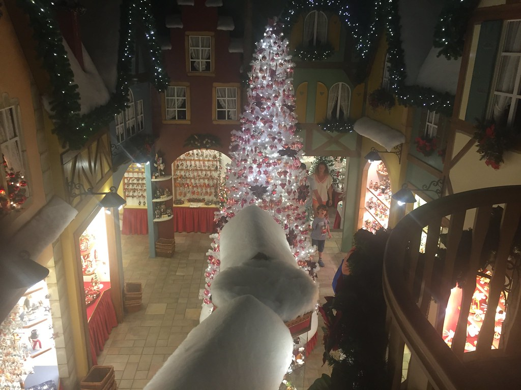 the christmas store radiowood tags christmas france store alsace nol riquewihr ribbeauvill - Noel Christmas Store