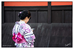 Kimono Girls (msankar4) Tags: gion geisha geiko hangyoku maiko kyoto memoir ochaya chaya teahouse sake kimono japan beauty silk traditions msankar sankarraman sankarramanphotography