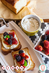Grilled Brioche with Ricotta & Berries (twofoodies) Tags: brioche breakfast desayuno pan alaparrilla grilled berries frutosdelbosque feta whipped batido