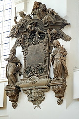 Germany-00041 - Mayor's Monument (archer10 (Dennis) 83M Views) Tags: germany berlin building sony a6300 ilce6300 18200mm 1650mm mirrorless free freepicture archer10 dennis jarvis dennisgjarvis dennisjarvis iamcanadian novascotia canada stmarys church globus tour