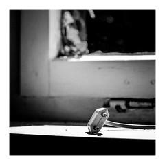 amp (seba0815) Tags: ricohgrdiv grdiv blackwhite monochrome minimal bw blanco nero blanc noir schwarzweis czarnobiale preset inspiredeye square light spot contrast mood electricity seba0815 bokeh