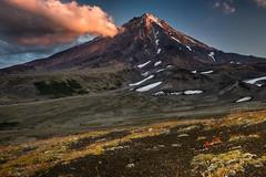 DSC_9958-1 (kuhnmi) Tags: morning landscape volcano twilight russia volcanoes vulkan kamchatka  russland     avachinsky koryaksky   avacha      koryakskyvolcano   koryakskyvulkan