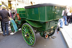 1898 Daimler Wagonette (2-cyl, 8hp) (Graham Woodward) Tags: oldcars daimler londontobrighton veterancars londontobrightonrun pre1905 daimleruk daimlergb vintagecarsinlondon 2014regentstreetcarshowlondon