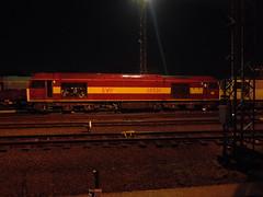 DBS 60500 @ Toton (Sim0nTrains Photos) Tags: tug ews diesellocomotive class60 60500 1z74 60016 dbschenker totontmd storedlocomotives 1z75 tuggingshedmaster thetuggingshedmaster