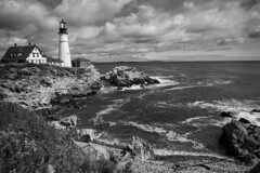 Cloudy day (CTfoto2013) Tags: ocean light sunset sea sky bw usa cloud lighthouse house seascape building fall beach nature water monochrome rock architecture clouds america automne portland landscape lumix coast seaside marine rocks eau waves mood noiretblanc outdoor marin maine newengland wave atmosphere stormy nb bn panasonic automn shore lumiere serene cote nuages paysage maison vagues plage phare atlanticocean reflets backwash rochers portlandheadlight eastcoast rivage rockformation capeelizabeth blancetnoir borddemer oceanatlantique ressac orageux mareehaute gx7