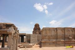 Ranga (Madhava) Temple, Hampi (Trayaan) Tags: travel india monument temple worldheritagesite historical karnataka hampi vijayanagar incredibleindia vijayanagara vijayanagarastyle indianhistoricalarchitecture karnataempire vijayanagaratemplearchitecture vijayanagaratemplearchitectur
