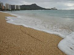 Waikiki Beach (kenjet) Tags: beach island volcano hawaii sand surf waves waikiki oahu sandy wave diamondhead honolulu waikikibeach