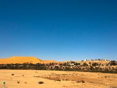 Bni Abbes et sa grande dune trnant sur la rive gauche de l'Oued Saoura (Ath Salem) Tags: algrie bchar taghit beni abbes kenadsa barrage djorf torba dsert sahara tourisme dcouverte palmeraie           dunes zousfana saoura