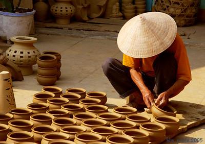 Anh 5. Gom Thanh Ha - Quang Nam