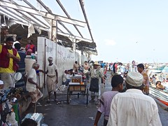 Fish Market, Hodeidah (EleanorGiul ~ http://thevelvetrocket.com/) Tags: yemen イエメン hodeidah iémen йемен justinames 也门 arabpeninsula yemenifood locallifeinyemen fishmarketinhodeidah httpthevelvetrocketcom เยเมน