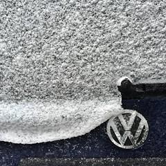 vw (Cybergabi) Tags: winter snow detail wet car rotterdam melting stillife
