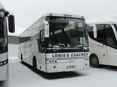 DSCN0364 Lewis's Coaches, Llanrhystud 55 ARL (Skillsbus) Tags: england france buses ashton valthorens coaches vanhool daf vdl stainton lewisscoaches