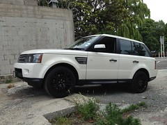 (motormouth_1993) Tags: cars sport review suv landrover rangerover rangeroversport luxury testdrive luxurycar carspotting roadtest carreviews tdv8