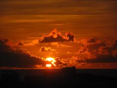 Amanhecer-sunrise (Viva as Cores - Mrcia Aki) Tags: brasil sunrise bahia salvador amanhecer nwn