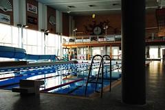 Stora poolen (Bettysbilder) Tags: building water pool architecture swimming bath bad vatten arkitektur simhall simma byggnad