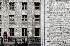 Tower of London 2 D (Luis DLF) Tags: windows red people blur london tower lines wall canon real guard perspective palace tourist straight londontower superposition