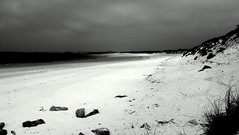 Threatening sky on the beach (patrick_milan) Tags: light blackandwhite bw beach water sand brittany eau noiretblanc sable bretagne nb plage finistere