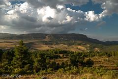 Camino a Moratalla (akel_lke ) Tags: espaa cloud clouds montagne landscape spain nikon europa europe nuvole paisaje raquel murcia nubes montaa nuage nuages espagne elke nube rakel espinardo moratalla regindemurcia campodesanjuan larisca d300s nikond300s rakelelke raquelelke murcianorte rakelmurcia carreteramoratalla mu703 lariscademoratalla