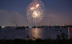 Japanese Cherryblossom Festival in Hamburg (PauliMatze) Tags: festival fireworks hamburg fest alster feuerwerk feier japanisch japanesecherryblossomfestival kirschbltenfest ausenalster