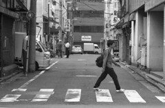 160528_SRT101_009 (Matsui Hiroyuki) Tags: minoltasrt101 minoltamctelerokkorpf100mmf25 epsongtx8203200dpi lomographybwladygrayiso400