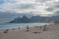 Ipanema Beach / Parque Garota de Ipanema, Rio de Janeiro, Brazil (takasphoto.com) Tags: america americas amricadelsur brasil brasilia brasilien brasili brazil brazilia centro earth riodejaneiro rodejaneiro santateresa southamerica southernhemisphere westernhemisphere world zonacentral
