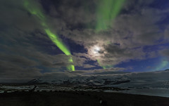 Aurora borealis, moonlight and clouds (Sigmundur Andresson (1.3 million+ views-Thank you!) Tags: sigmundurandresson canoneos5dmarkii canonef1635mmf28liiusm img8089 auroraborealis northernlights polarlights iceland nature night green winter ice moonlight