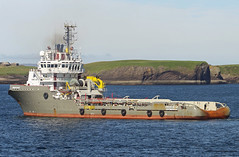 Union Bear Offshore Tug and Supply Vessel (David Russell UK) Tags: antwerpen boskalis kamar404 union bear boat ship vessel vehicle work workboat offshore tug resupply supply stornoway harbour port isle lewis scotland scottish outer hebrides outdoor sea water ocean antwerp