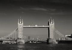 Tower Bridge (chris.ph) Tags: towerbridge london thames water bridge affinityphoto canon6d canonef70200mmf4lis blackandwhite