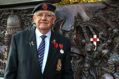 Remembering a Fallen Comrade (Lee Nichols) Tags: portrait london photoshop memorial warmemorial hdr highdynamicrange raf remembrancesunday battleofbritain photomatix tonemapped tonemapping dfsa handheldhdr canoneos600d