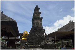 [Sakenan chapter] The main temple (kamesvara) Tags: bali temple denpasar sakenan seranganisland