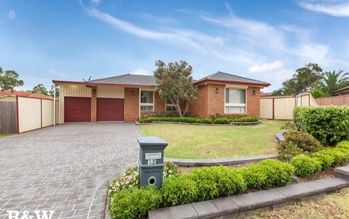 13 Patonga Cl, Woodbine NSW 2560