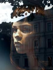 time (rosa_rusa) Tags: window ventana time fenster pensativo pensar augsburg zeit tiempo rosarusa