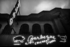 Gus's Bar-B-Q, Plate 3 (Thomas Hawk) Tags: california bw usa chicken restaurant pig losangeles neon unitedstates unitedstatesofamerica pasadena fav10 gussbarbq