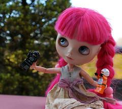 223/366 Happy Starwars day! (omgdolls) Tags: pink blythe blythedoll blythe365 pureneemobody dollypunk21 adelaideskye