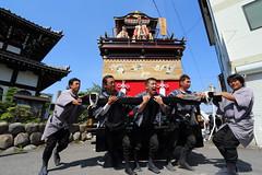 Cornering (Teruhide Tomori) Tags: people festival japan event  float  gifu ogaki  ogakifestival importantintangiblefolkculturalproperties