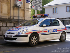 Police Nationale | Peugeot 307 (spottingweb) Tags: france car cops police security voiture cop vehicle 17 spotted van secours peugeot spotting policeman urgence 307 intervention policier spotter scurit vhicule peugeot307 policenationale forcedelordre gyrophare mercura spottingweb copvancar