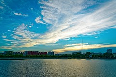 2016-05-29 18.22.28 (pang yu liu) Tags: park sunset pond dusk 05 may daily  pate    2016