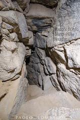 Nuraghe Madrone o Orolo - Silanus (NU) (neroargento.com) Tags: sardegna archaeology nikon sardinia towers bronzeage torri tholos nuraghe archeologia bronzo nuraghi neroargento nuraghes nikonclubit