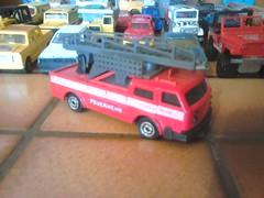 Camion pompier deco allemande. (ced12110) Tags: fire majorette feuerwehr pompier diecast